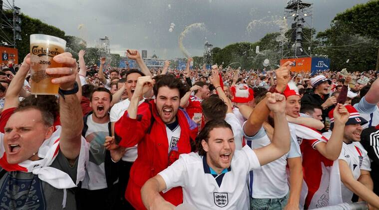 England fans react as they watch a EURO 2016 match in Paris