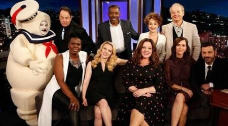 Old and new Ghostbusters cast come together for photo