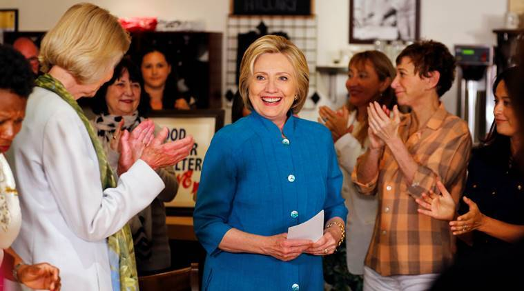 U.S. Democratic presidential candidate Hillary Clinton makes a campaign stop at a restaurant in Santa Barbara, California, United States June 4, 2016.   REUTERS/Mike Blake