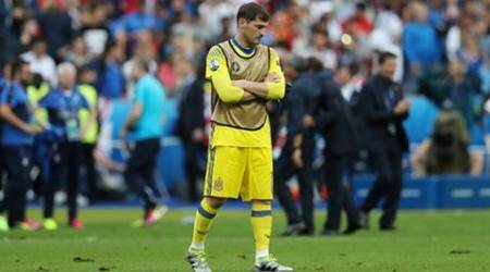 Casillas hints at retirement after Spain's Euro 2016 exit