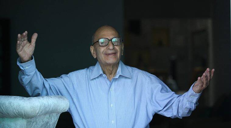 Inder Malhotra, Journalist and Indian Express columnist. Express Photo by Tashi Tobgyal New Delhi 180413