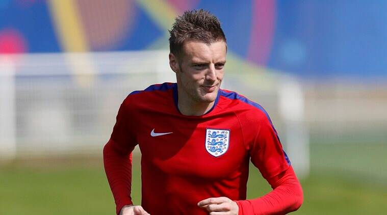 Football Soccer - Euro 2016 - England Training - Stade des Bourgognes - Chantilly - 7/6/16 England's Jamie Vardy during training REUTERS/Lee Smith