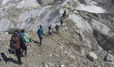 Kailash Mansarovar, Kailash Mansarovar pilgrimage, Pilgrimage, pilgrims, Kailash temple, bad weather news, bad weather, Nepal news, Indian Embassy, India news, Indian embassy news