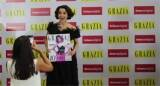 Kangana Runs Away From Scandalous Questions