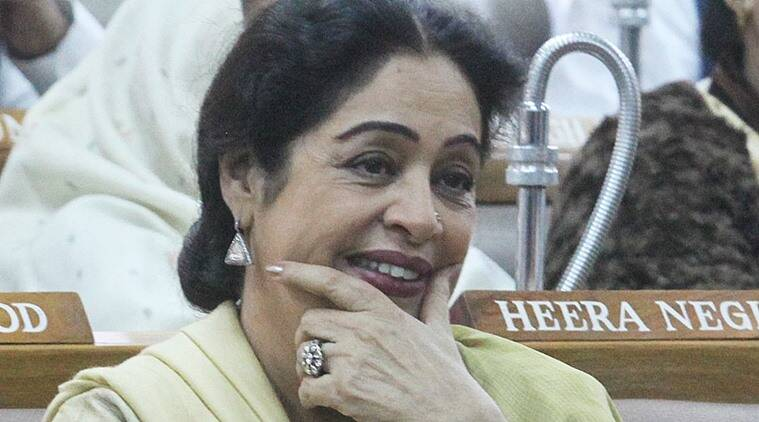 kirron kher, kirron kher chandigarh, chandigarh old book market, kirron kher old book market, chandigarh municipal corporation kirron kher, india news, chandigarh news, indian express news