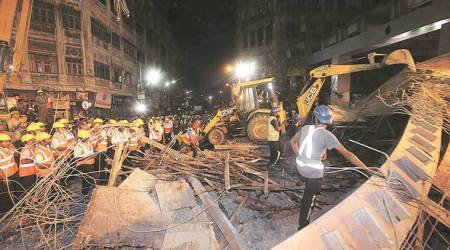 Kolkata: Vivekananda flyover yet to be pulled down after mishap in 2016