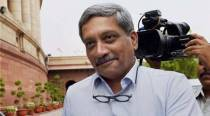 After Twitter SoS, Manohar Parrikar orders airlifting of ex-navyman's daughter