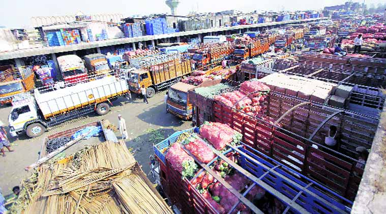 APMC Maharashtra, indian farmner, agricultural produce market committee, APMC Act, fair prices to farmers, APMC fruits and vegetables, fruits and vegetable de-listing, maharashtra news, latest news, india news