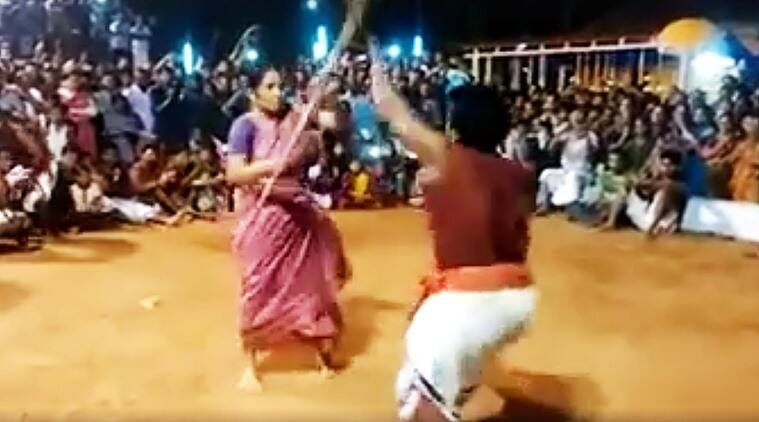 Kalaripayattu, Kalaripayattu videos, old woman doing kalaripayattu, Meenakshiamma, Meenakshiamma kalaripayattu, Meenakshiaama kalaripayattu teacher, viral videos