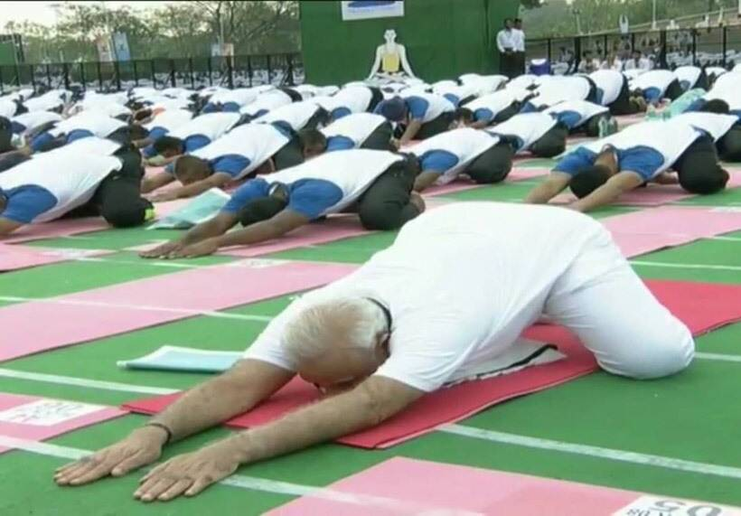 international yoga day, yoga day, pm modi yoga, narendra modi, narendra modi international yoga day, international yoga day speech, narendra modi speech, chandigarh yoga day, modi chandigarh speech, modi does yoga, india news