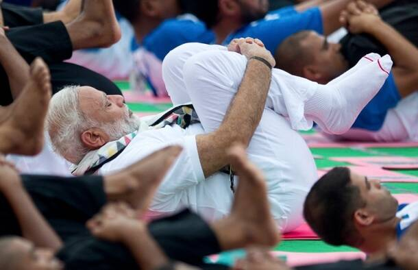 international yoga day, yoga day, pm modi yoga, narendra modi, narendra modi international yoga day, international yoga day speech, narendra modi speech, chandigarh yoga day, modi chandigarh speech, modi does yoga, india news