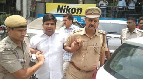 AAP, AAP MLA, Dinesh Mohaniya, AAP MLA arrested, AAP MLA arrest, Dinesh Mohaniya arrest, MM Khan murder issue, Lt Governor Najeeb Jung,MP Maheish Girri, india news, latest news