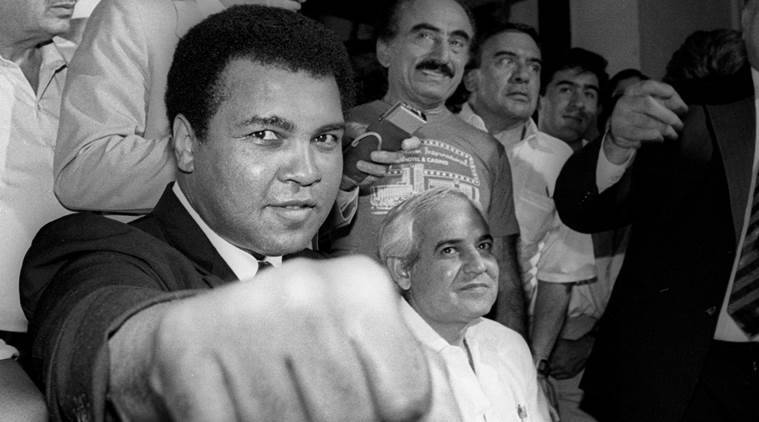 Muhammad Ali, Muhammad Ali death, Muhammad Ali life, Muhammad Ali conversion to islam, Muhammad Ali Vietnam war, Vietnam war, Islam, Islam in America, minority rights America