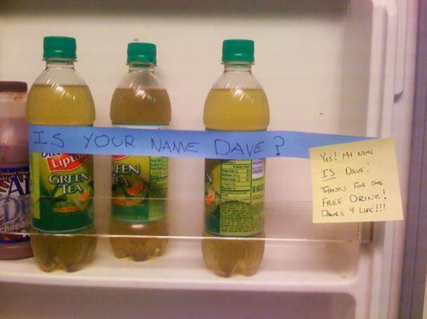 17 passive- aggressive office notes by employees that are absolutely hilarious