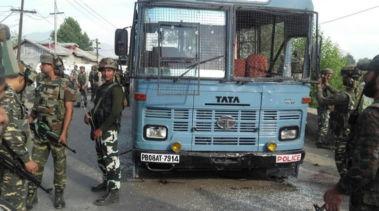 pampore, kashmir ambush, pampore attack, CRPF jawans, CRPF personnel, CRPF attack, Militants attack CRPF, CRPF Pampore attack, pampore attack CRPF, CRPF J&K, J&K CRPF, J&K news, KAshmir news, india news