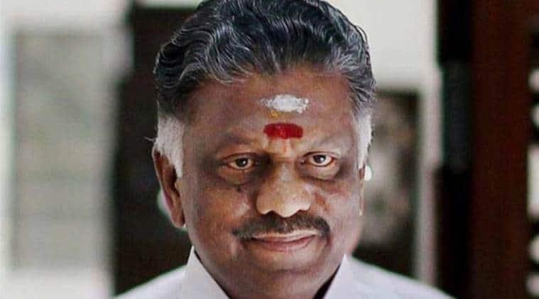 Pongal, Tamil Nadu, Tamil Nadu Pongal, Tamil Nadu government, free dhotis, free sarees, free cycle, CM O Panneerselvam, Panneerselvam, Tamil nadu chief minister, Pongal festival, AIADMK, Tamil Nadu CM Pongal, jayalalithaa, india news, indian express news