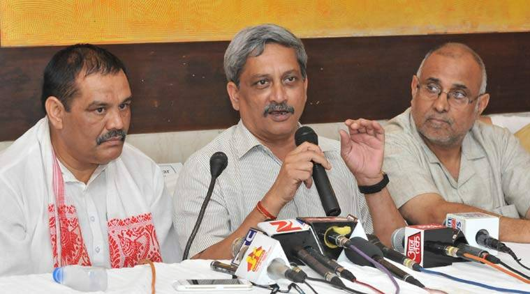 Manoar Parrikar, parrikar, union defence minister, defence minister parrikar, defence minister, aap, aam aadmi party, arvind kejriwal, kejriwal, arvind, manohar, parrikar, goa, goa elections, goa news, aap news, manohar parikar news, defence minister news, goa news, india news