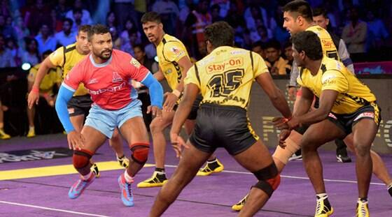 Pink Panthers hunt down Telugu Titans for first win