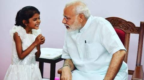 narendra Modi, PM Modi, Vaishali yadav, modi helps girl for surgery, modi helps kid for surgery, modi helps vaishali yadav, modi helps girl for heart surgery, PM modi little girl, modi in pune, pune news, India news