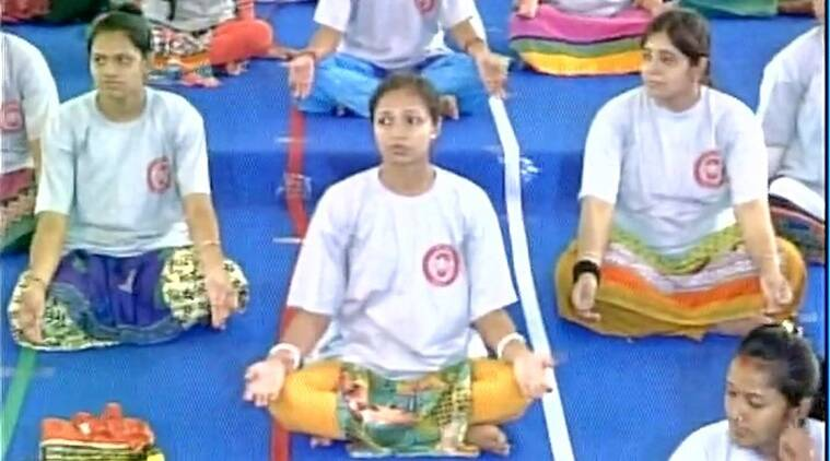 Pregnant women perform yoga in Gujarat and set a record (Source: ANI)