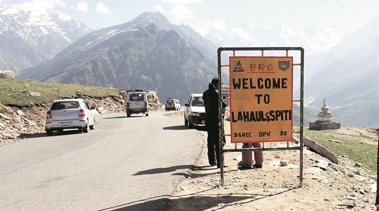 rohtang, rohtang tunnel, Lahaul-Spiti district, himachal pradesh snowfall, himachal pradesh, rohtang pass, Lahaul-Spiti tourism, ngt, isolation, heavy snowfall in rohtang, heavy rainfall in himachal pradesh, indian express news, india news, indian express hardlook