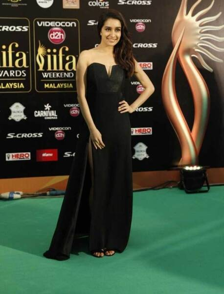 shraddhya kapoor, shraddha kapoor iifa, IIFA, IIFA awards, IIFA awards fashion, IIFA bollywood fashion