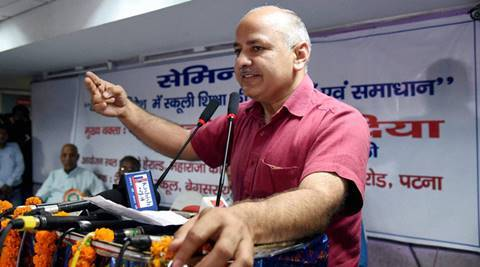 Patna : Delhi Deputy Chief minister and Education Minister Manish Sisodia addressing a seminar on  Current Challenges and Solutions on schooling at Patna on Saturday. PTI Photo(PTI6_18_2016_000097B)