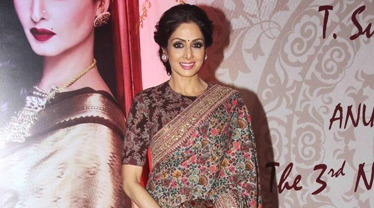 Sridevi, Sridevi outsatnding achievement award, Sridevi iifa awards, Sridevi iffa awards 2016, Sridevi movies, Sridevi wins outstanding achievement award, Sridevi gets outstanding achievement award, Sridevi awards, Entertainment news