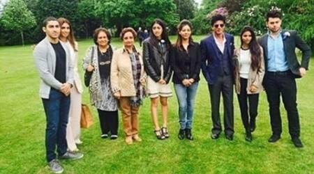 Shah Rukh Khan, Shah Rukh Khan son, Shah Rukh Khan daughter, Suhana, Aryan, Abram, Gauri Khan, Amitabh Bachchan, Amitabh Bachchan daughter, Amitabh Bachchan granddaughter, Shweta bachchan, Navya Nanda Naveli, Amitabh Bachchan granddaughter Navya, SRK Son, SRK Daughter, SRK Daughter Suhana, SRK SOn Aryan, Shweta Bachchan NAvya, NAvya Aryan, NAvya nanda aryan khan, Navya naveli aryan, Entertainment news
