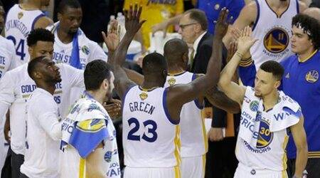 NBA Finals: Golden State Warriors destroy Cleveland Cavaliers to open 2-0lead