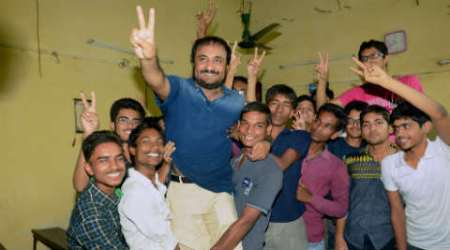 """Super 30, anand kumar, super 30 jee, anand kumar jee, IIT-JEE, IIT entracne, JEE entrance test, Super 30 model, Anand Kumar book, super 30 book, """"Super 30: Changing the World 30 Students at a Time."""", India news"""