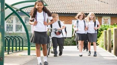 UK schools to let boys wear skirts, girls trousers