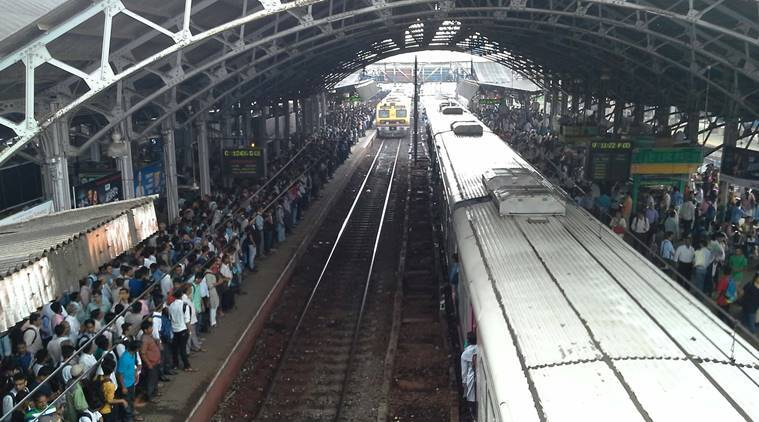Suburban trains on the Western Railway have been affected due to a technical problem on Dadar Station public crowd at Bandra Station on Monday Express Photo by Ganesh Tendulkar Mumbai 20/06/2016