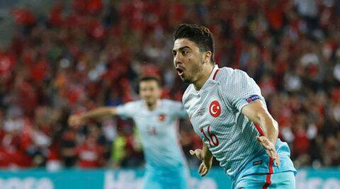 Euro 2016: Turkey beat Czech Republic to stay in last-16 contention