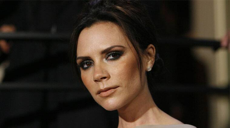 Victoria Beckham, Spice Girls Victoria Beckham, Victoria Beckham microphone turned down, Spice Girls Mel B, Spice Girls, entertainment news