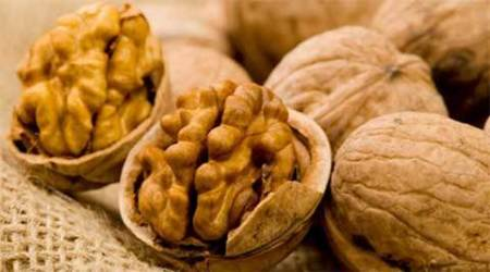 diabetes, diabetes food, diabetic food, walnut diabetes, soy bean diabetes, food during diabetes, healthy food during diabetes, health news, lifestyle news