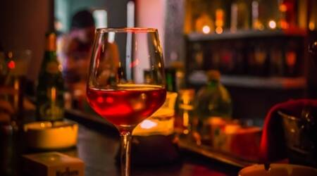 wine asthma, red wine, wine effects, wine risks, wine benefits, red wine benefits, red wine chronic disease, red wine lungs disease, alcohol benefits, alcohol risks, health news, latest news, medicine news, indian express
