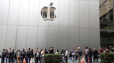 South China Sea verdict, SCS verdict protests, protests against Apple in China, Apple stores picketed, Apple in China, Apple news, tech news