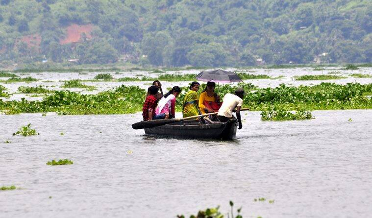Monsoon floods kill at least 52 people in India