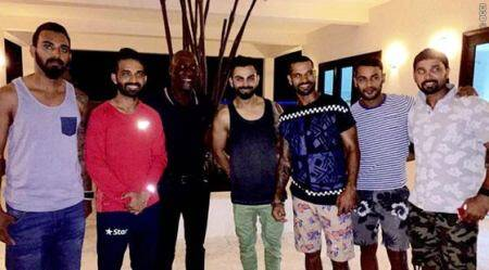 Indian team meet West Indies legend Vivian Richards