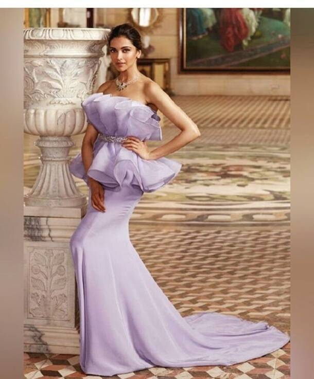 Photos deepika padukone is no less than a goddess in this for Deepika padukone new photoshoot for tanishq jewelry divyam collection