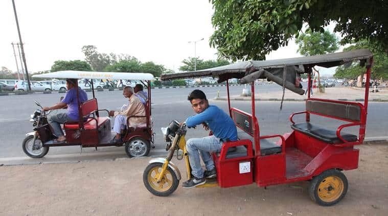 E Rickshaw at Housing Board Light Point in Panchkula on Monday, June 01 2015. Express photo by Jasbir Malhi