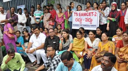 Hyderabad : Parents of students protesting at Telangana Secretariat against the cancellation of Eamcet-2 exams in Hyderabad on Thursday. PTI Photo (PTI7_28_2016_000304A)