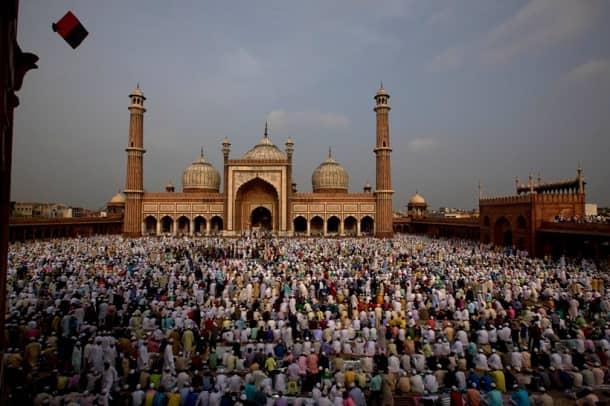 eid in india, eid, eid mubarak, eid photos, eid 2016, eid 2016 india, Eid-ul-Fitr, eid india, eid mubarak, eid mubarak 2016, Eid-ul-Fitr holiday, ramadan, ramadan 2016, ramadan 2016 india, ramadan eid 2016 date, ramadan eid 2016, eid al fitr 2016, eid date 2016, eid date in india, eid date 2016 in india, India News