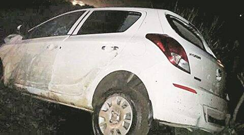 Youth speeds car onto Mumbai rail platform, no casualties