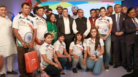 Rio 2016 Olympics: Salman Khan gives warm send-off to Indian Contingent