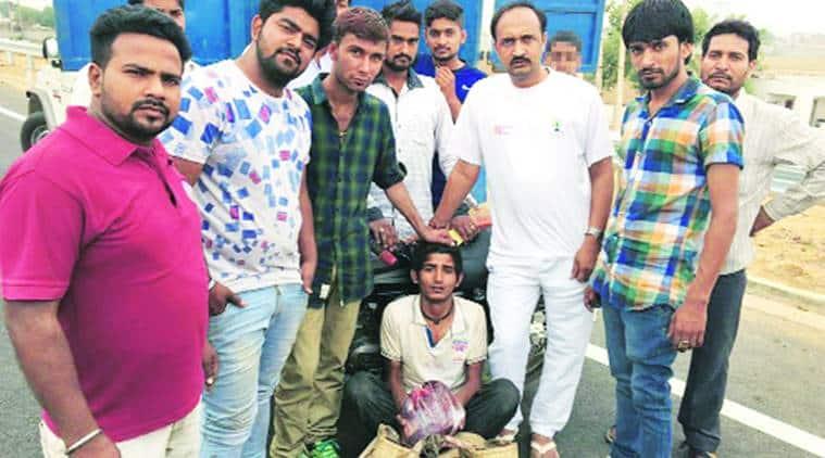 Gau rakshak, Gau rakshak beats muslim boy, Beef, Muslim boy beating video, muslim boy attacked, boy beaten by Gau rakshak, Haryana Gau rakshak, Haryana Gau rakshak video, waseem, waseem haryana, Sohna, india news
