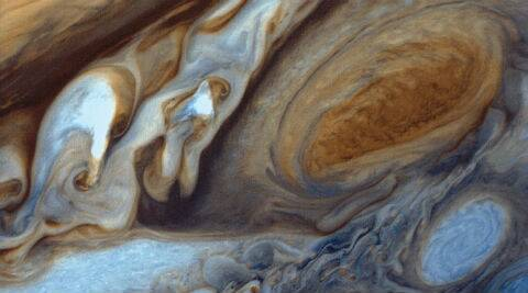 Great red spot 480