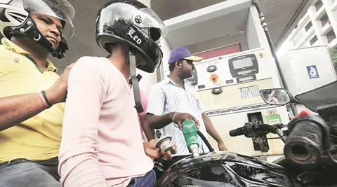 pune, pune news, no helmet no petrol rule, helmet rule pune, compulsory helmet pune, transport minister maharashtra, Diwakar Raote, pune traffic rules, pune latest helmet rule, pune news, india news