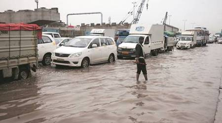 Hero Honda Chowk: Sleepless and soaking wet, cops work overtime